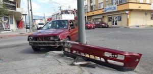 Dos vehículos protagonizan fuerte accidente en Monclova