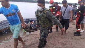 Al menos 20 muertos y 50 desaparecidos en un naufragio en la Amazonía de Perú