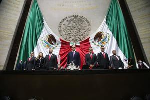 Coahuilenses rinden protesta como Diputados Federales