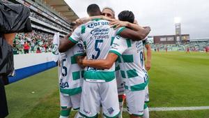 Santos aprovecha y gana a Bravos