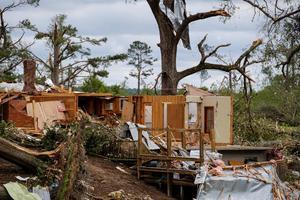 Joe Biden advierte que el daño que causó 'Ida' sigue siendo 'masivo'