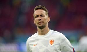 Acuerdo entre el Sevilla y el Barcelona para la cesión de Luuk de Jong