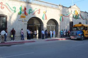 38 habitantes de 'San Buena' buscan vacantes en Feria Regional de Empleo