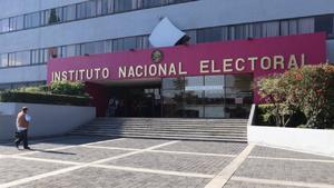 El INE acata inconforme sentencia  de TPJF sobre paridad de género