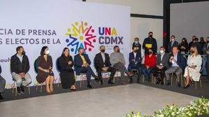 Alcaldes electos de oposición denuncian agresiones ante Fiscalía CDMX