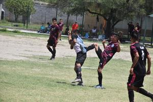 Los Mariachis vencieron al Lazzer