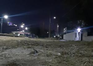 Un sujeto de Monclova deja su camioneta en medio de una brecha y se la roban