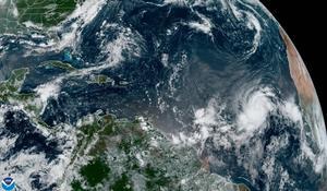Aumenta potencia y tamaño del huracán Larry, pero aún sin amenazas a tierra