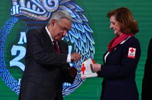 AMLO arranca Colecta Nacional 2021 de la Cruz Roja Mexicana