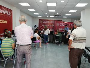 El área rural de San Isidro y V Carranza recibe el pago de 68 y Más