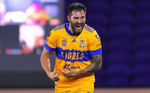 El francés Gignac ayudará para que el uruguayo López sea campeón goleador