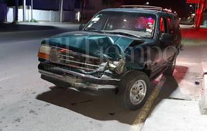 Cerditos casi terminan en el cazo tras accidente en Monclova
