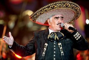 'El día que me estén sepultando, la va a cantar todo mundo', Don Vicente Fernández y su última voluntad