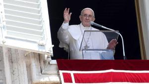 El papa pide que los países acojan a los afganos que buscan refugio
