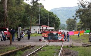Urge que gobierno aplique ley por bloqueo a vías de tren en Michoacán