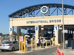 El puente internacional de Eagle Pass 1 operará 3 horas más a partir este 7 de septiembre del  2021