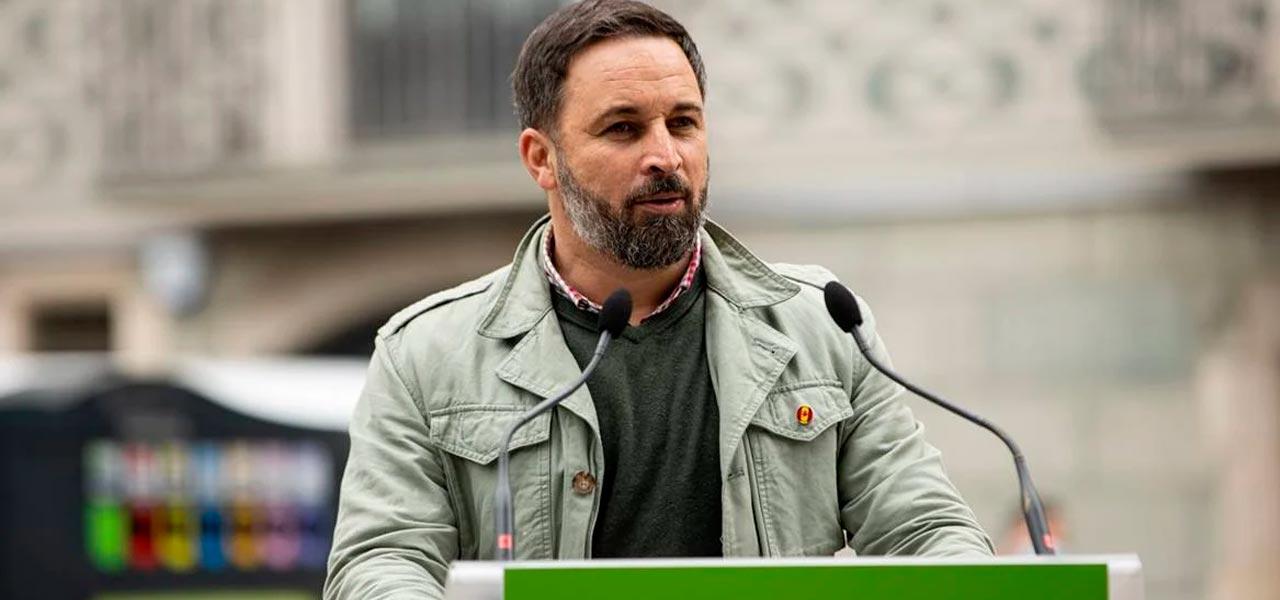"""VOX: """"Quienes protegen a narcos no van a impedir nuestra causa""""; responde a AMLO"""