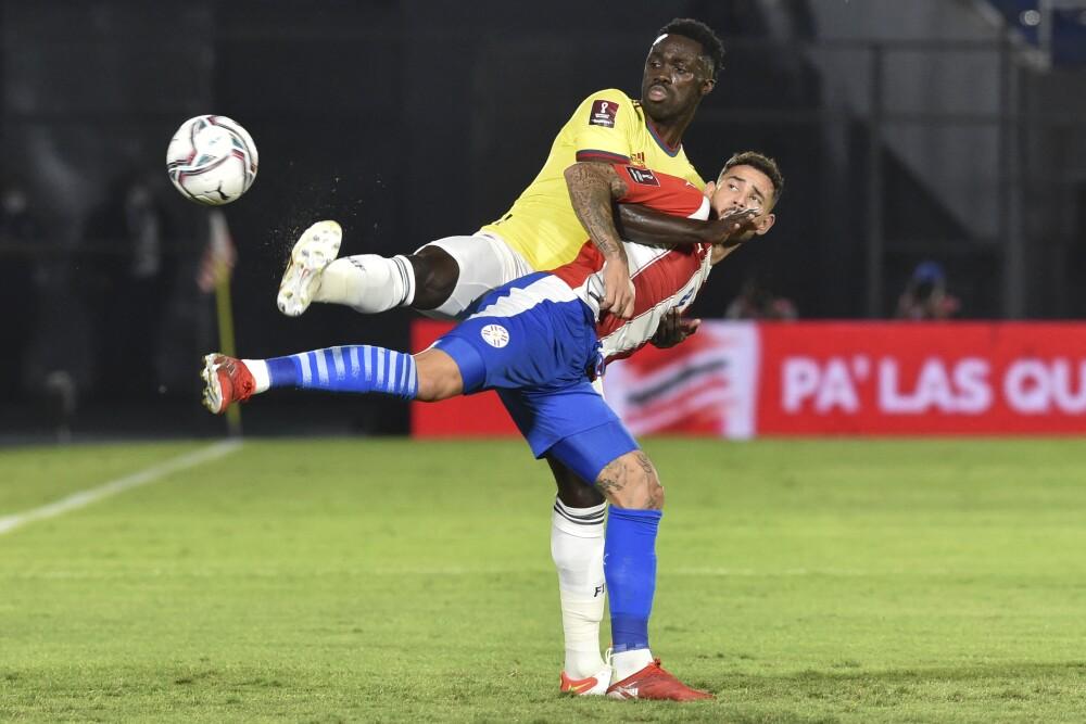 Dávinson Sánchez, baja de Colombia en partido contra Chile