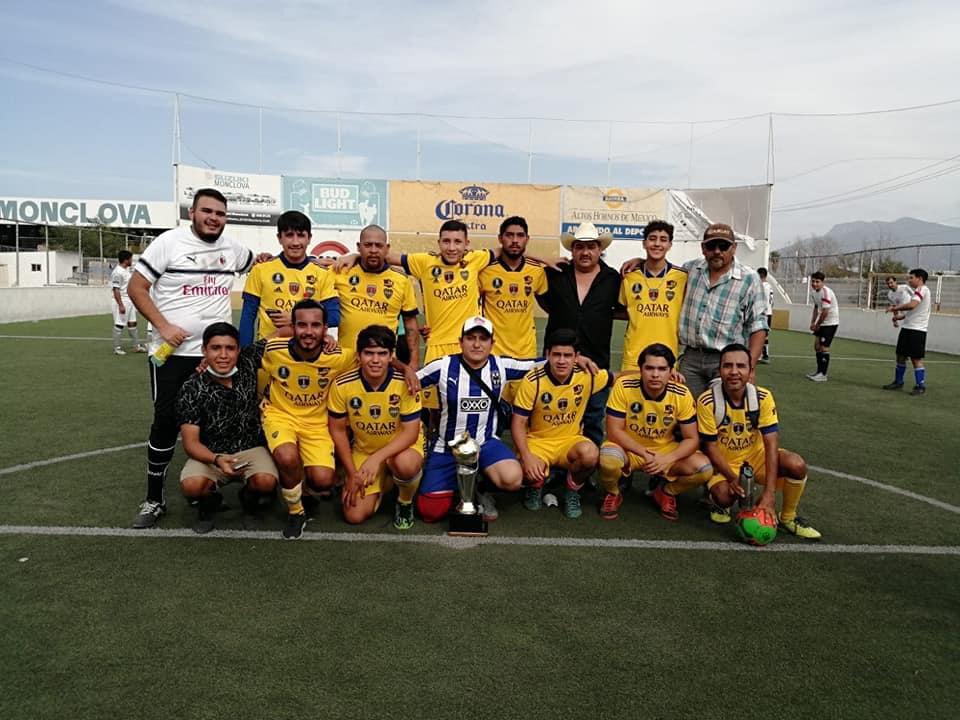 La Pandilla se lleva el campeonato de la liga de fútbol rápido Corona