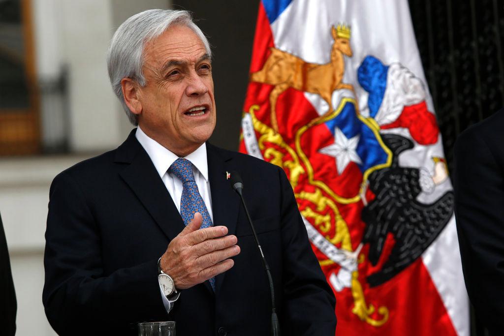 Felipe VI recibe a Piñera al comienzo de su visita oficial a España