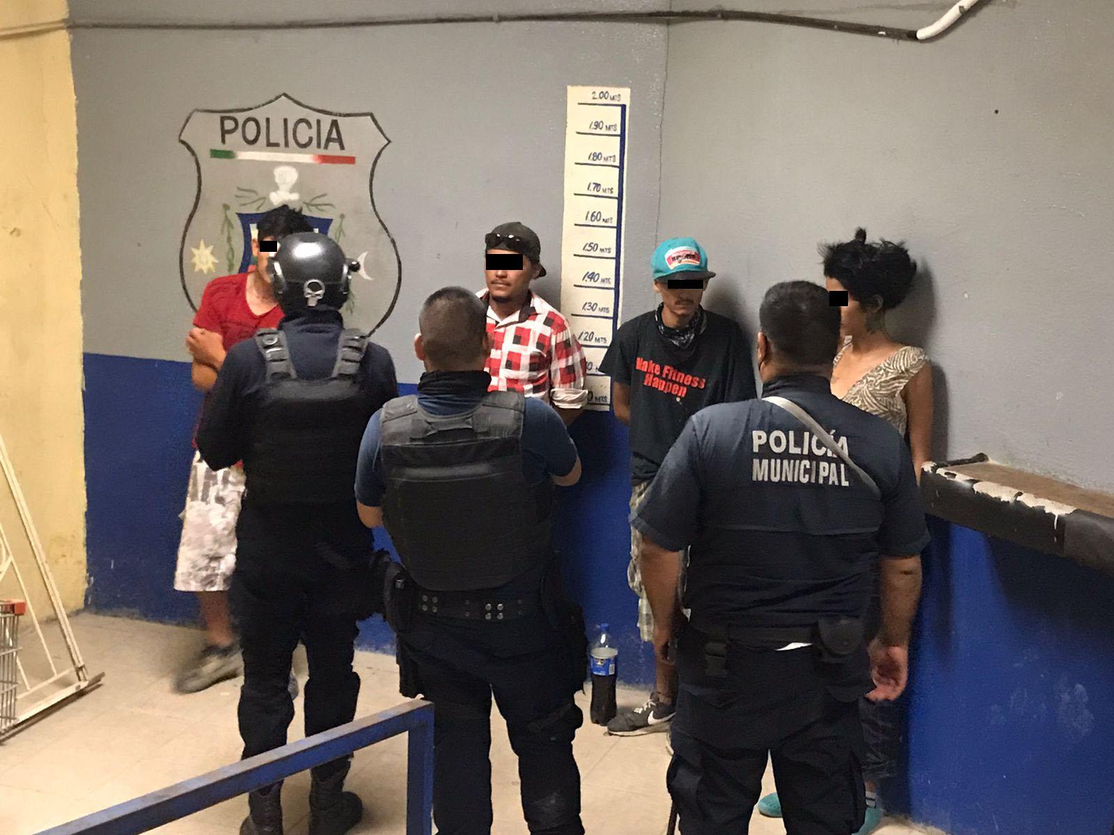 Autoridades hacen barrido de colonias y detienen a 12 toxicómanos