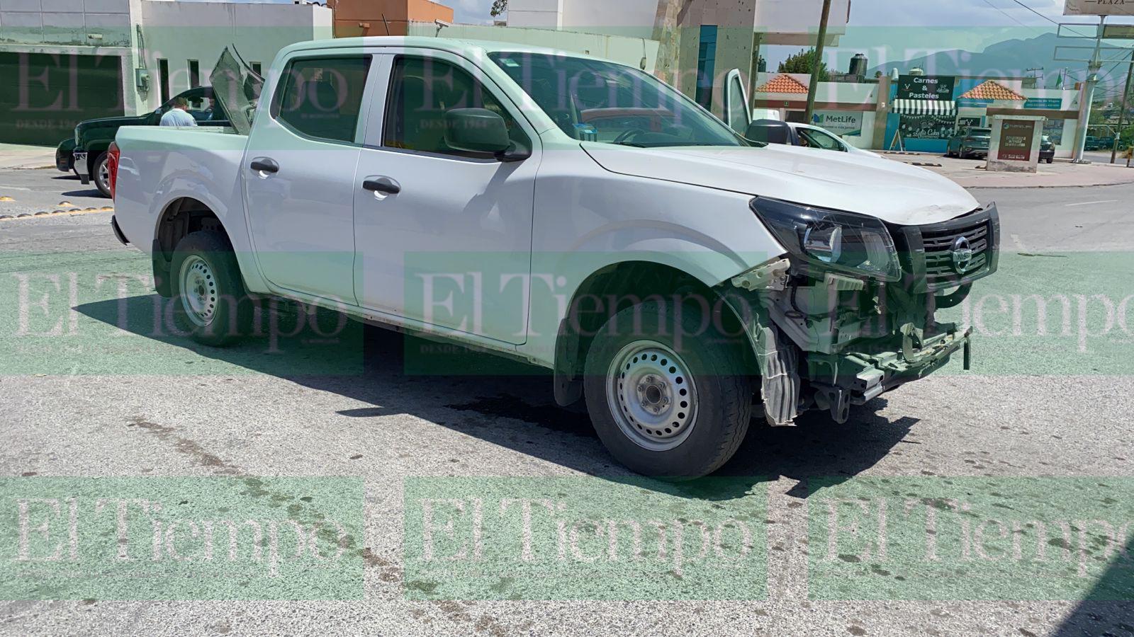 Automovilista de Monclova no cede el paso y choca