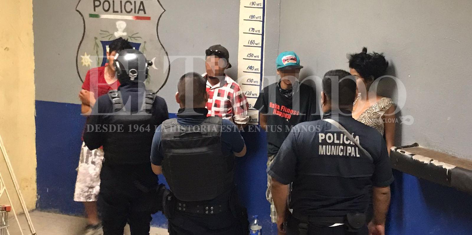 Autoridades hacen barrido de colonias y detienen a 12 toxicómanos en Monclova