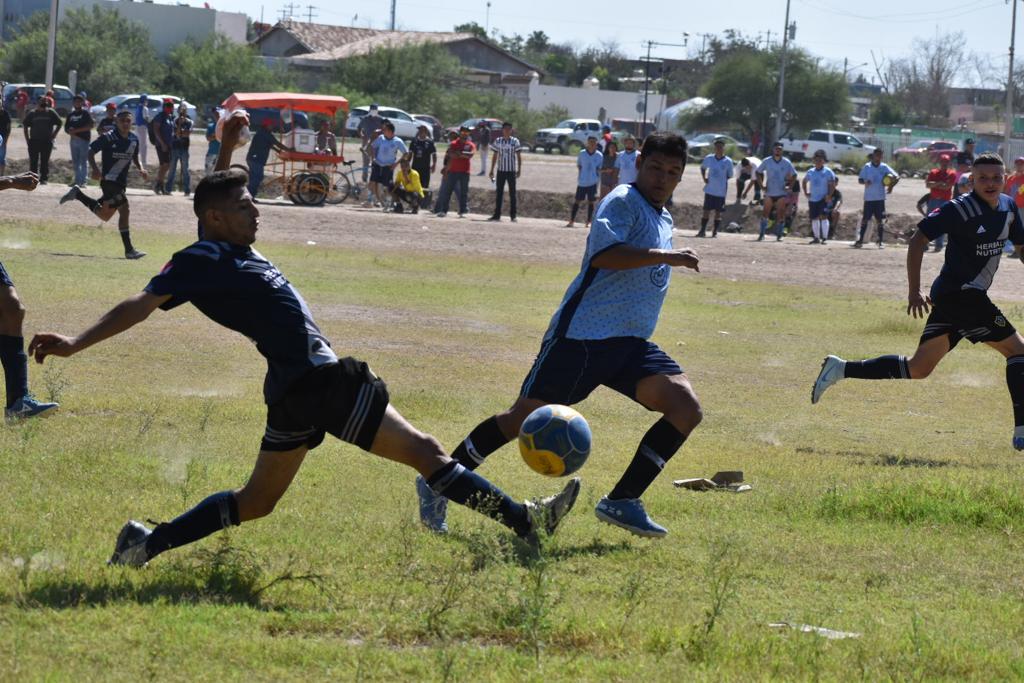 Tigres golea al Deportivo Bélgica en la liga municipal de fútbol