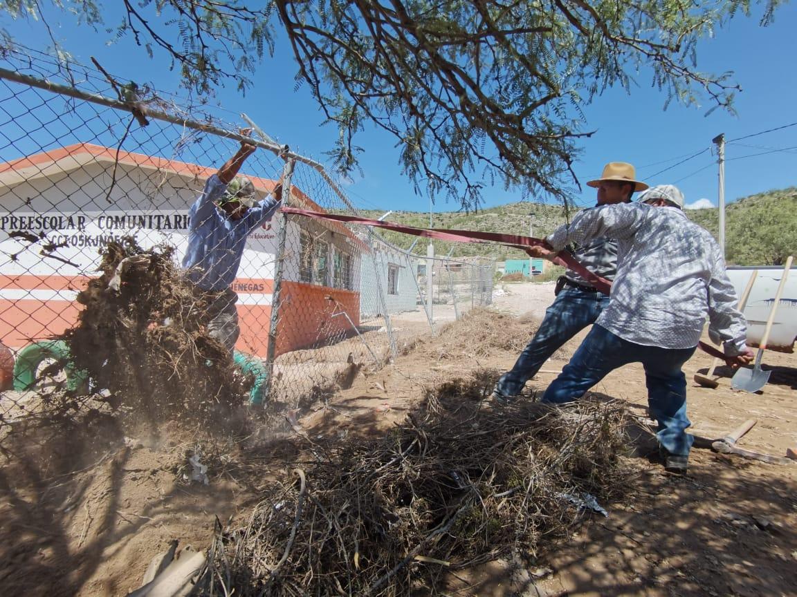 Damnificados reciben apoyos por tromba en Cuatro Ciénegas