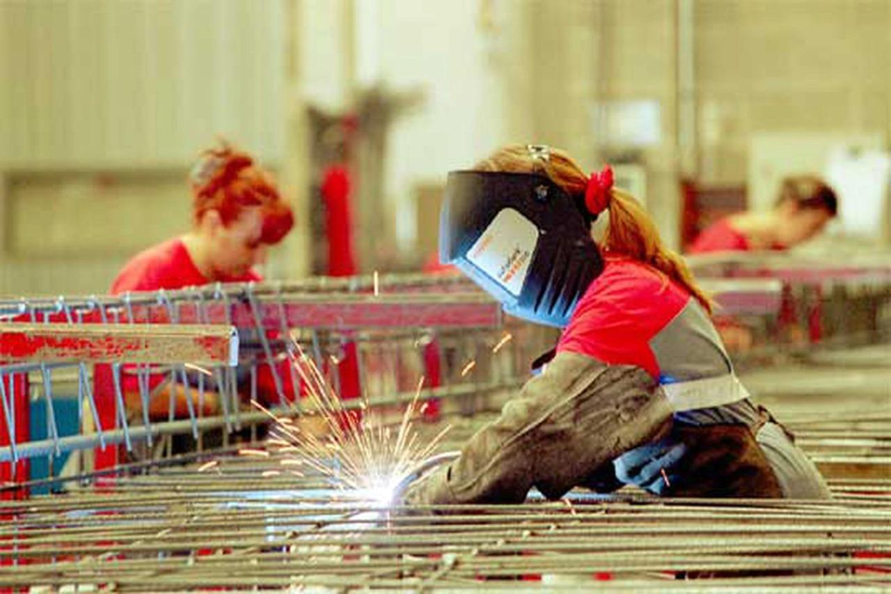 Trinity Rail de México contrata mujeres soldadoras de la Región Centro