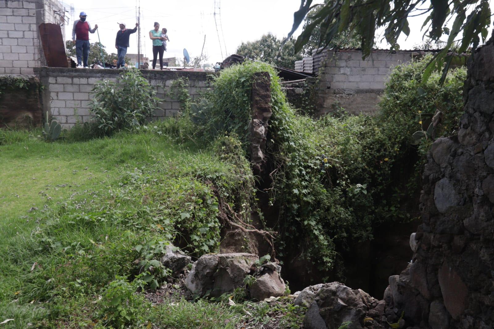 Socavón de 10 metros se forma en Huamantla, Tlaxcala