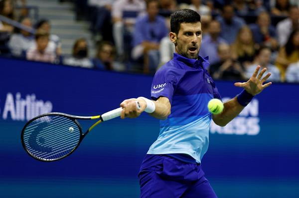 Djokovic avanza a semis en US Open