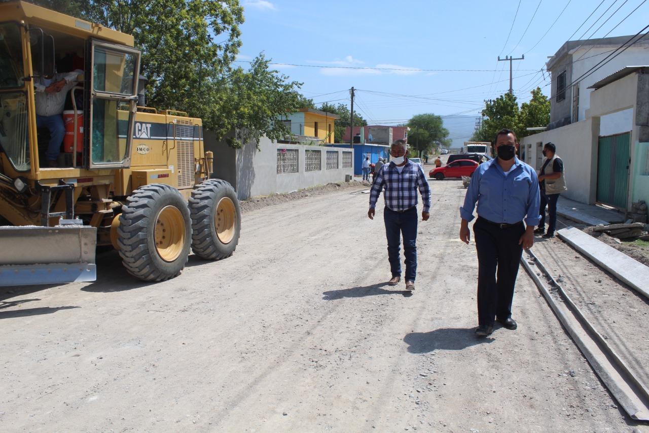 Obras de pavimento mejora vialidades de la Héroes del 47