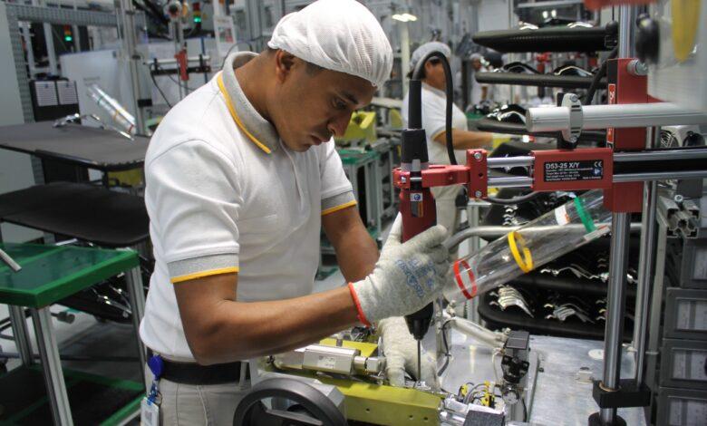 Inegi: Se recupera actividad industrial