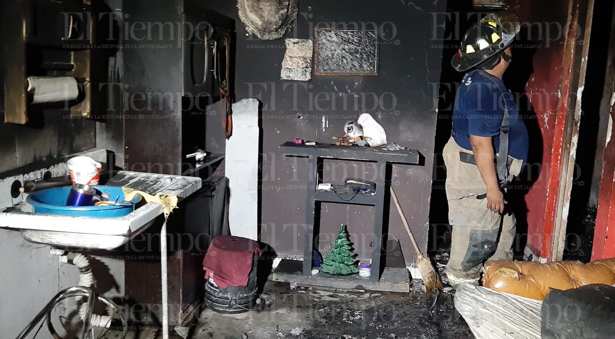 Ex marido incendia la que fue su casa en Monclova