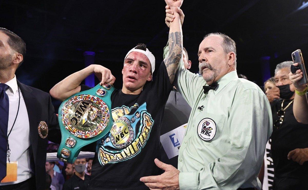 Óscar Valdez retiene su campeonato con polémica decisión de jueces