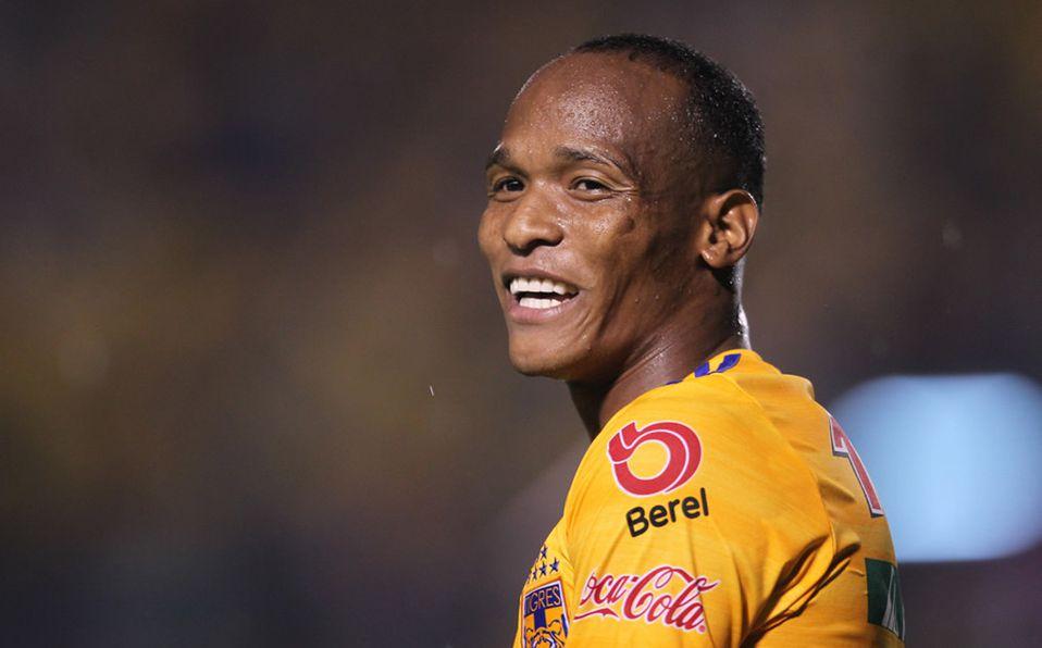 El colombiano Luis Quiñones empata para los Tigres ante el León