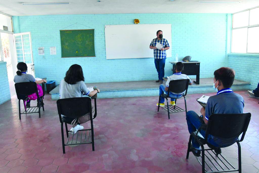 52 planteles más a modelo semipresencial en la Región Centro