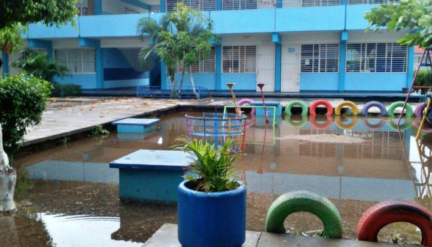Por lluvias, IEEPO autoriza suspender clases en el Istmo de Oaxaca