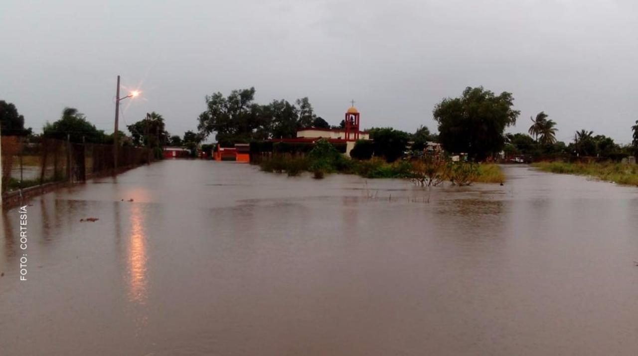 Por intensa lluvia suspenden clases en Culiacán y Navolato