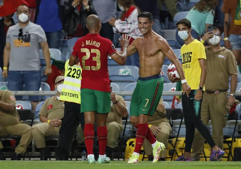 ¿Quieres comer como Cristiano Ronaldo? Esta es su dieta