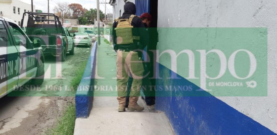 Hombre ebrio que alteraba el orden público en Monclova fue remitido a la celdas municipales