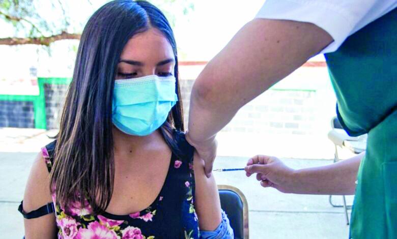 Vacunas antiCOVID-19 para jóvenes urge sean liberadas para Coahuila