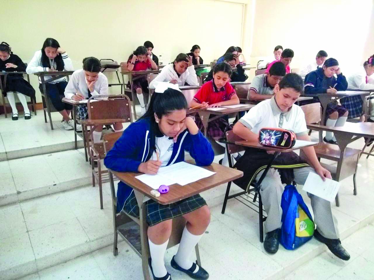 25% de estudiantes del nivel básico andan mal en matemáticas y español
