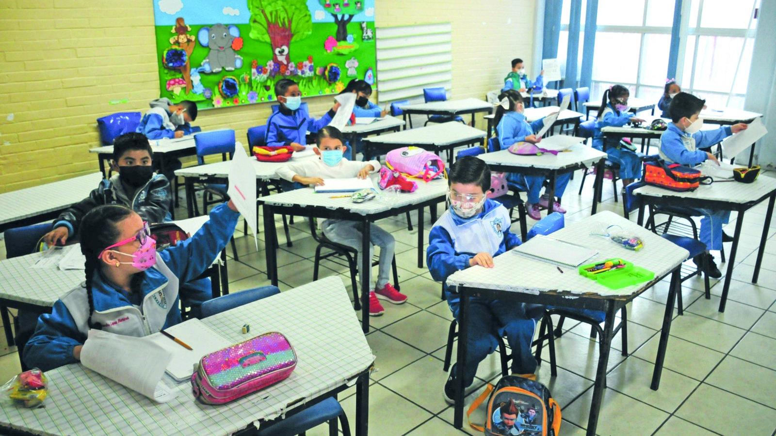 SSa: 10 mil menores se contagiaron en el regreso a clases presenciales