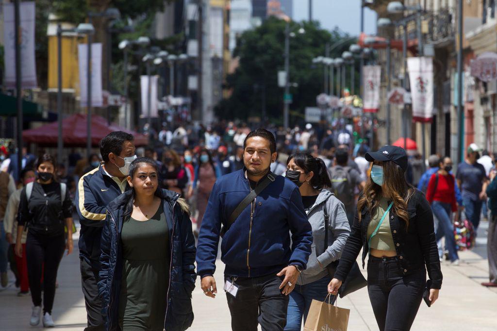 México reporta 897 decesos y 13 mil 217 contagios por COVID-19 en 24 horas