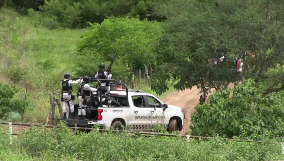 Guardia Nacional y CJNG se enfrentan en Tepalcatepec