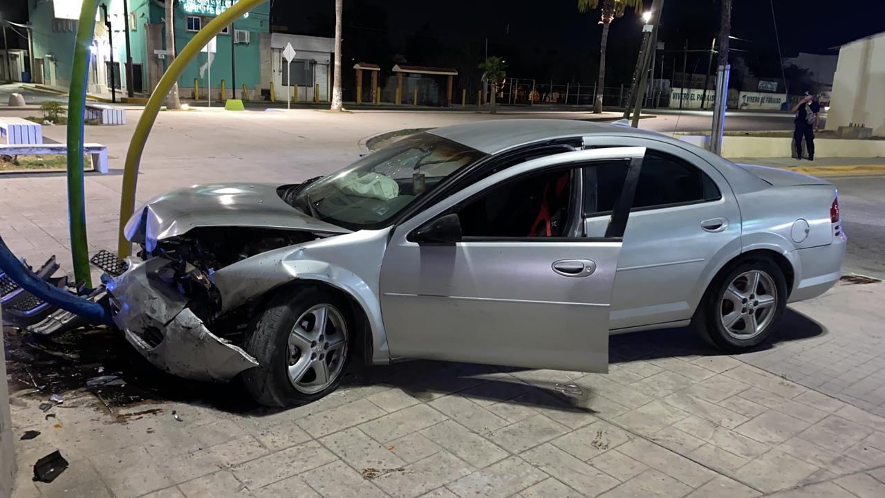 Automovilista conduce en contra y chocaen Monclova