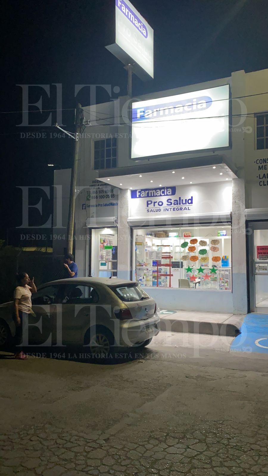 Amantes de lo ajeno atracan farmacia en Monclova