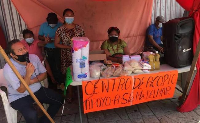 Ante falta de ayuda de gobierno, recolectan víveres para afectados